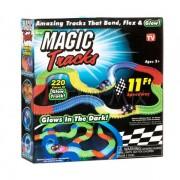 Гоночная трасса трек машинка гонки Magic Tracks 220 деталей Светящаяся Plus (dm240)